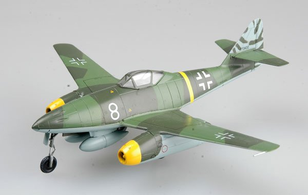 "Easy Model 1/72 Me262 A-1a. ""White 8"", Flown by Kommando Novotny, Achmer, November 1944 # 35366"